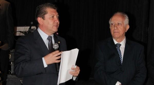 Deputado recebe homenagem em Jantar de Auditores Fiscais