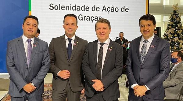 DEPUTADO JEFFERSON CAMPOS PARTICIPA DE SOLENIDADE DE AÇÃO DE GRAÇAS